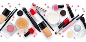 cosmetics-300×148-1